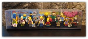 box display for minifigures