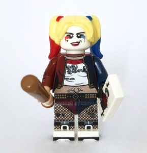 Collecting LEGO minifigures - a discontinued custom Harley Quinn