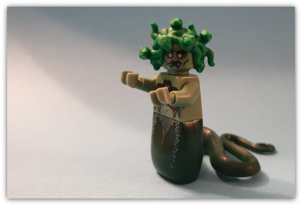 legless minifigures gorgon